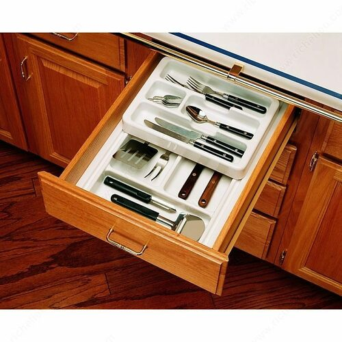 Richelieu RT123H Rolling Tray System